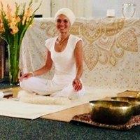 Kundalini Yoga &amp Volle Maan meditatie en Klankschalen