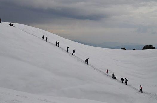 1 day snow hike to mushkpuri nathiagali 211