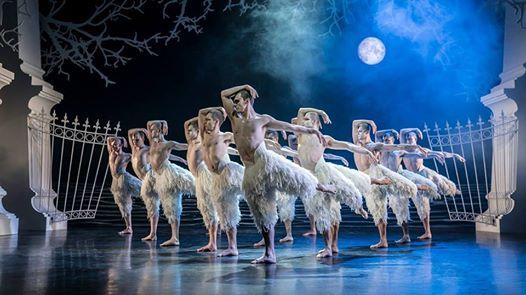 Matthew Bournes Swan Lake