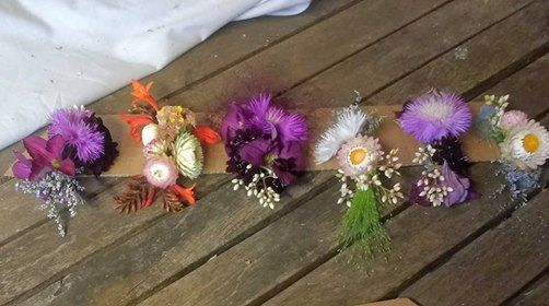 Floral hair accessories workshop