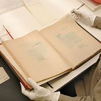 Workshop Fundamentals of Caring for Paper Collections
