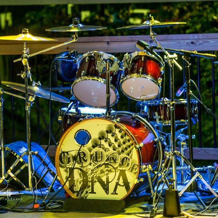 Grunge DNA at the Hard Rock Casino