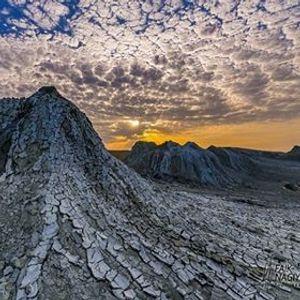 GobustanMud volcanosAteshgahYanardag trip
