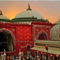 Sufiana Safar at the Nizamuddin Dargah
