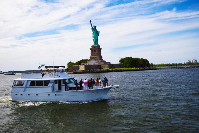 Statue of Liberty 90 MInute Cruise Weekday - Kids ride free