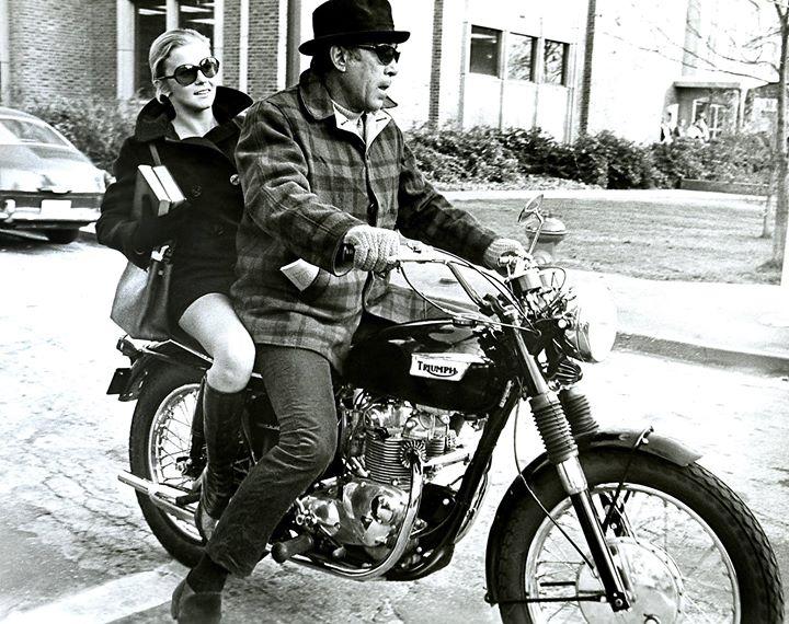 test ride triumph classic at gadani moto, pesaro