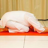 Aulo de Yoga Gratuito com Khalsa Kaur e Jantar Vegetariano