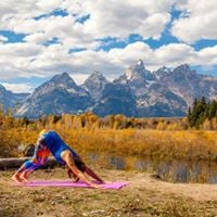 Vino  Vinyasa The Ultimate Girls Getaway