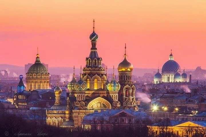 BEYAZ Geceler St.Petersburg-Moskova