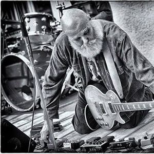 Ax Genrich (Guru Guru) &amp Band live im Kombinat