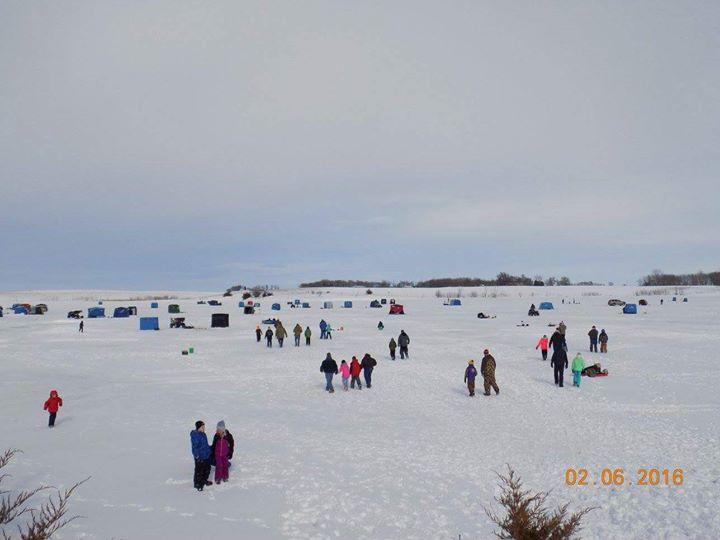 Ice fishing south dakotas 3rd annual kids ice fishing for Ice fishing south dakota