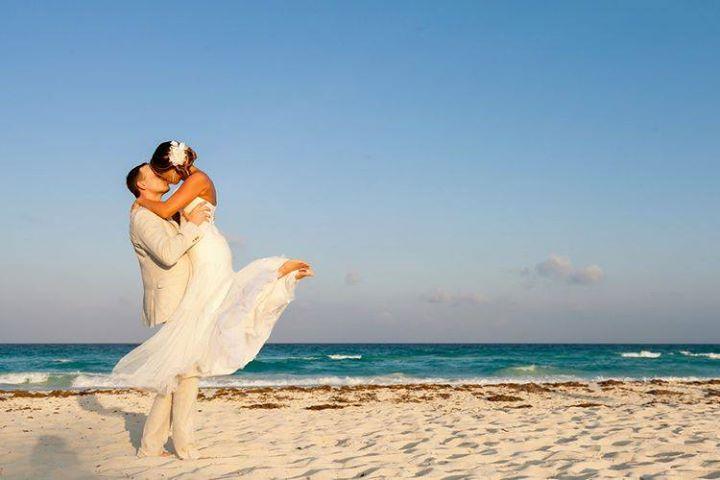 Matrimonio Spiaggia Sabaudia : Stage matrimonio civile sulla spiaggia at hotel oasi di kufra sabaudia