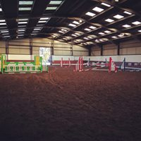 Free showjumping course with indoor arena bookings