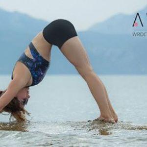 Wakacyjny kurs jogi dla pocztkujcych