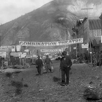 Ponrepo Dawson City - Frozen Time (English-Friendly)
