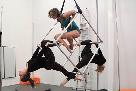 Aerial Cube Workshop by Samantha Polman