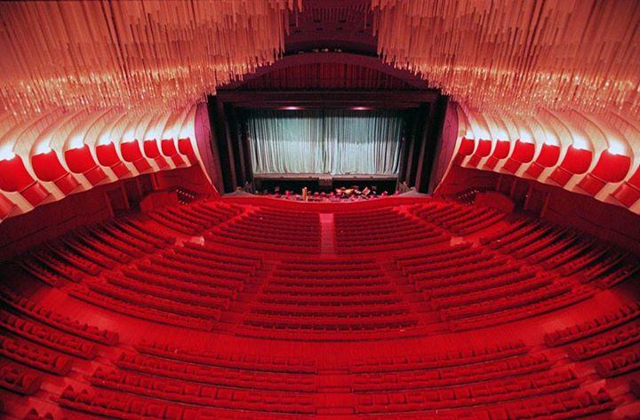 Il Teatro Regio e i costumi di scena (con ingresso in sartoria)