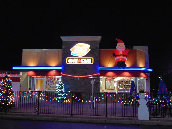 De Soto Christmas Parade and Grand Opening of Santas House at Mahn