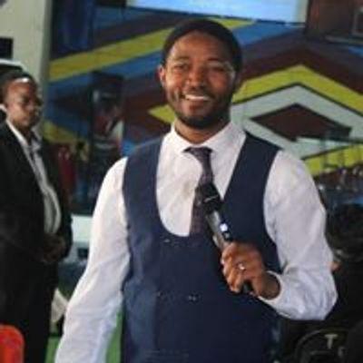 Rev Ludwe Mzonke