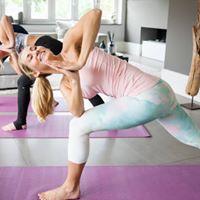 Maandag Yoga