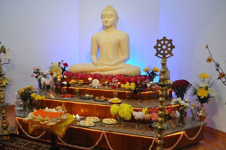 Duruthu Poya Sil Day at Toronto Mahavihara