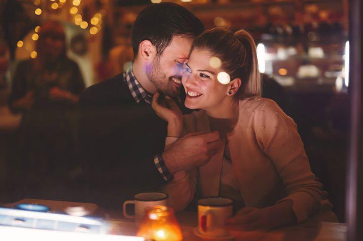 libra woman dating an aquarius man