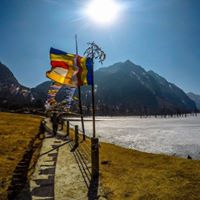 Backpackers road trip around Tawang in seven days