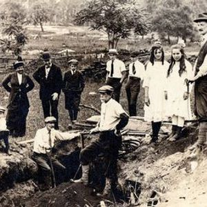 Race to Dig The Amateur Archaeologists Who Saved NYCs Past Webinar