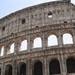 A Virtual Guided Tour of Ancient to Modern Rome