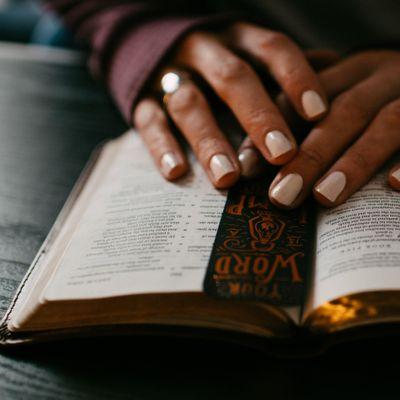 LIVE Midday Prayer