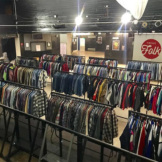 Uni Of Nottingham SU Vintage Folk Thrift Sale
