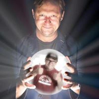 Tom Binns Comedian / Ivan Brackenbury