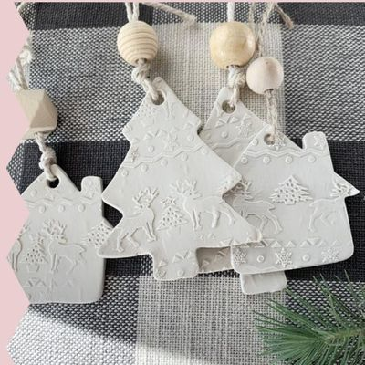 Holiday Ornament Making with Jacklyn Scott - Powered by Arrow