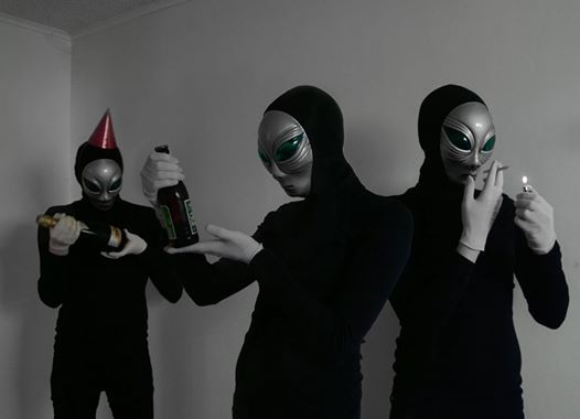 Storm Area 51 (party with them aliens)