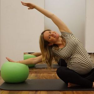 Mama Pilates Livestream  Video