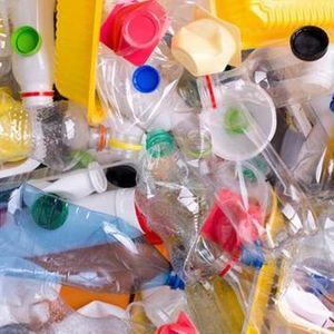 Minder plastiek gebruiken. Het kan (Mieke Dury)
