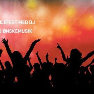 Julefest med DJ & nskemusik (siddende arr. uden dans)