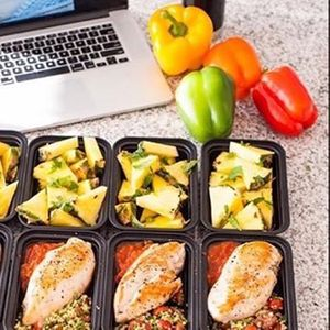 Experiencia Tupperware comida para los 5 das de la semana