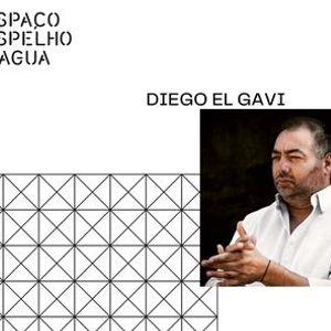 Diego El Gavi no Espao Espelho Dgua