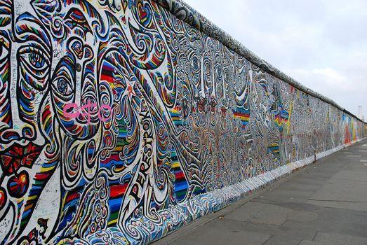 Deutsche Einheit - 9. November 1989, der Tag, an dem die Mauer fiel: Vernissage mit Gino Kuhn, 9 November