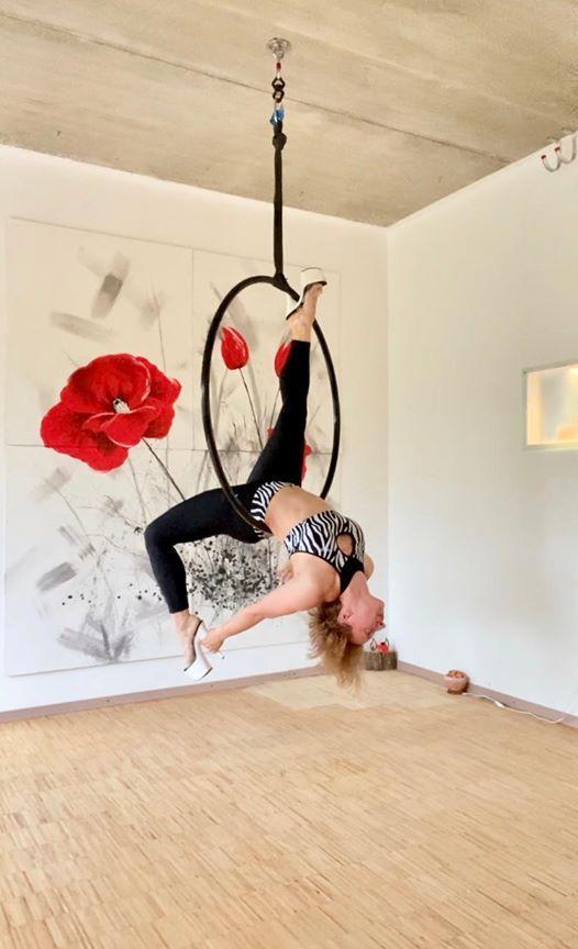 Exotic Hoop Dance Workshop At Studio Mohnblume Yoga Pole Dance Meditation Luftakrobatik Winsen