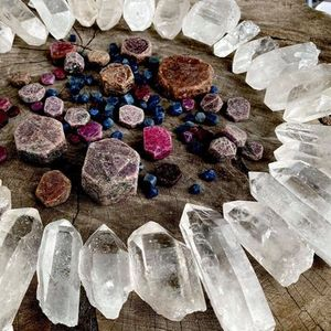 Crystal Wisdom -  Lemurian Atlantian and Starbrary Record Keepers