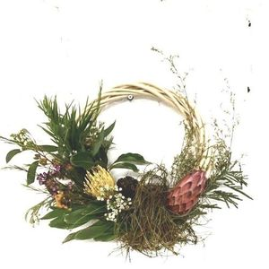 Make a Natural Wreath