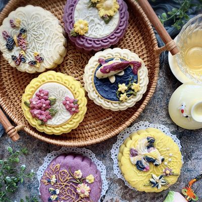 Palace Mooncake - Natural Food Colourings