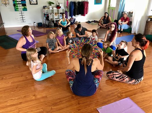 Free Kidding Around Yoga Family Class - Orlando FL