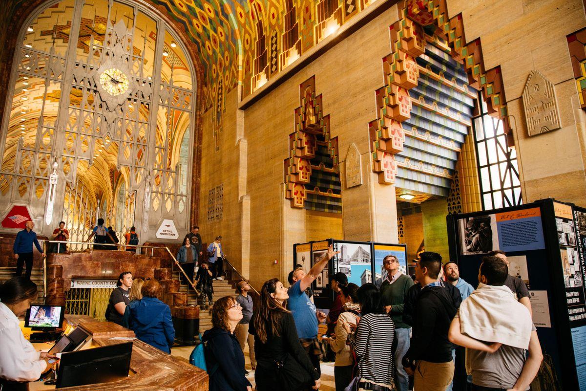 Downtown Detroit Art & Architecture Virtual Tour