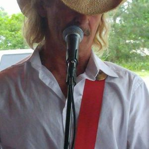 Wayne Solo at The Taphouse at Rivers Bend