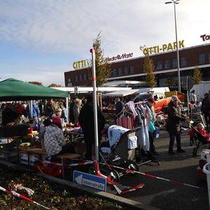 Flohmarkt beim CITTI-Park in Lbeck