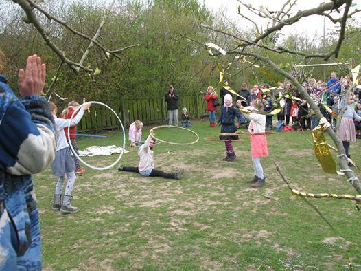 Hula Hoop - Tanz und Tricks