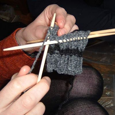 Learn to knit socks (in the round on 4 needles - In person or Online)